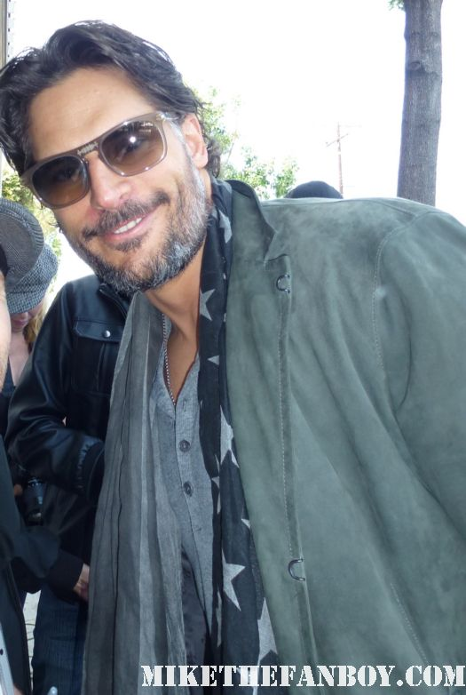true blood star Joe Manganiello sexy signs autographs for fans at a charity event in hollywood alcide fanger rare promo rare
