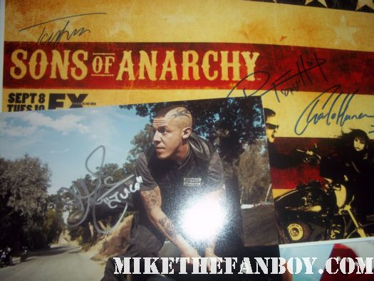 sons of anarchy signed autograph photo poster rare promo paleyfest 2012 theo rossi signs autographs for fans at the sons of anarchy paleyfest 2012 panel in hollywood hot sexy rare