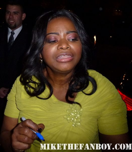 Octavia Spencer signing autographs for fans at the indie spirit awards and posing for fan photos