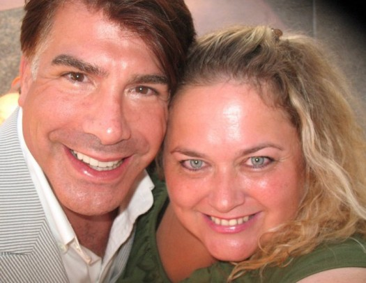 bryan batt posing for a fan photo with pretty in pinky from mike the fanboy signed autograph hot sexy signature