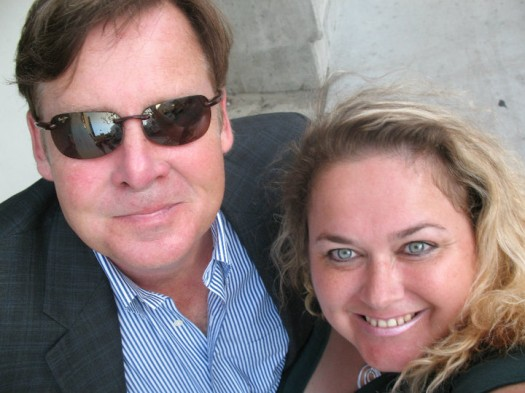 joel murray posing for a fan photo with pretty in pinky from mike the fanboy signed autograph hot sexy signature
