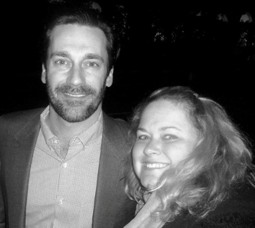 jonhamm2 jon hamm poses with pinky from pretty in pinky at the mad men season 5 premiere in hollywood