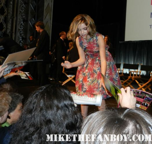 Kiernan Shipka signing autographs for fans at the 2012 paleyfest mad men panel rare promo hot sexy