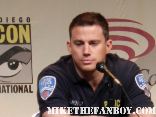 channing tatum looking sexy in a police uniform at the 21 jumpstreet panel at wondercon 2012 hot sexy channing tatum rare promo