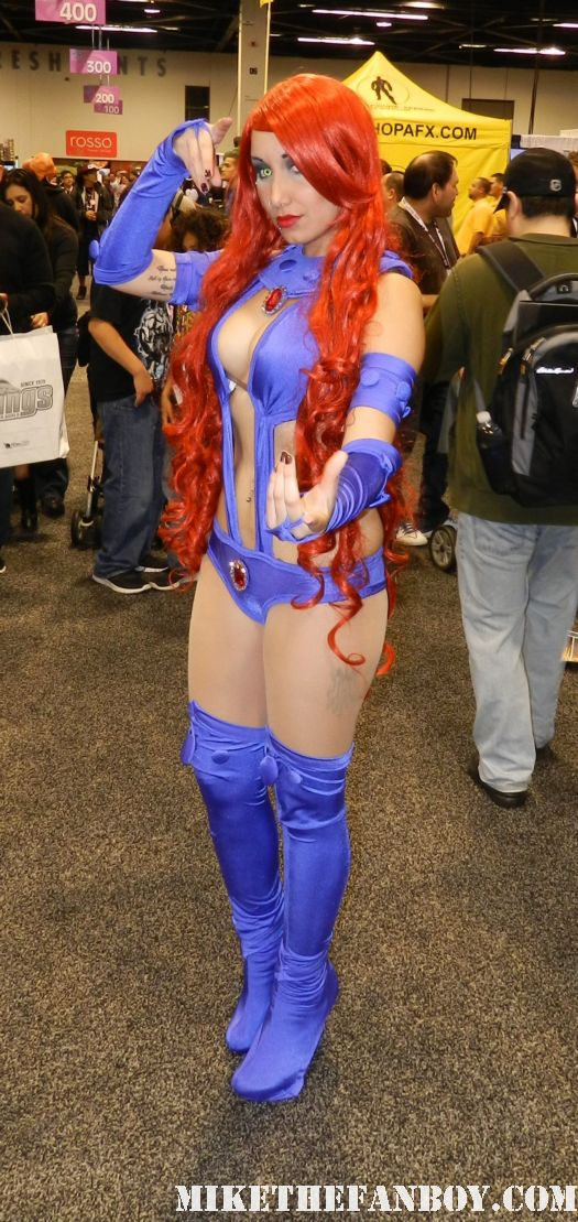 wondercon 2012 rare sexy women in costume cosplay cos play rare promo hot sexy girls with big boobs