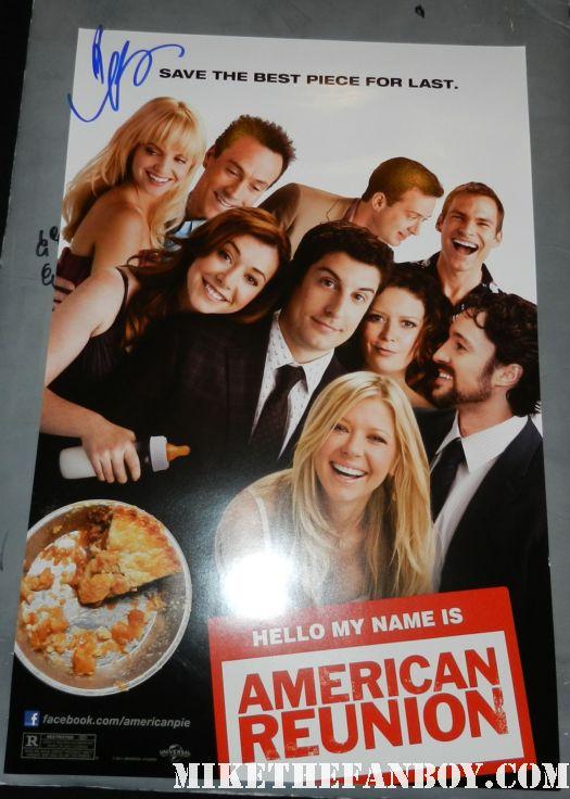 american reunion signed autograph mena suvari mini poster promo rare hot sexy promo