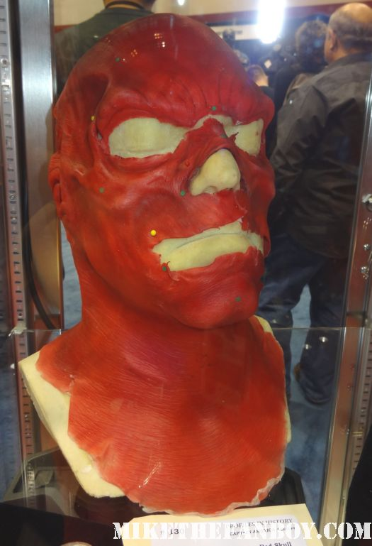 original captain america red skull mask captain america prop and costume display at chicago's c2e2 shield costume cosplay rare promo profiles in history auction