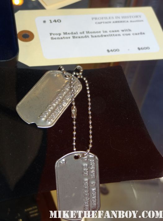 original captain america dog tags captain america prop and costume display at chicago's c2e2 shield costume cosplay rare promo profiles in history auction