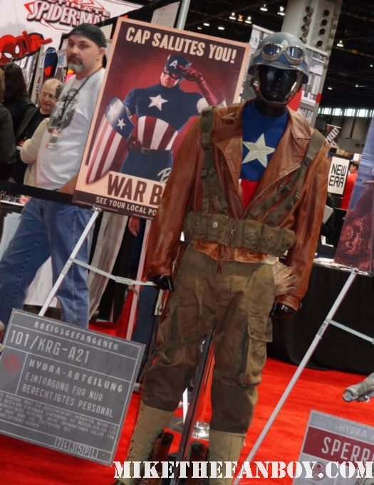 original captain america training costume captain america prop and costume display at chicago's c2e2 shield costume cosplay rare promo profiles in history auction