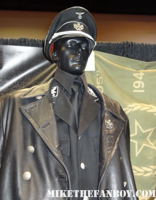original captain america red skull costume captain america prop and costume display at chicago's c2e2 shield costume cosplay rare promo profiles in history auction