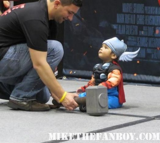young baby dressed up like thor at c2e2 cosplay rare promo marvel booth c2e2 chicago comic con rare baby cosplay