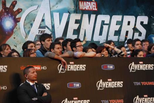 """Premiere Of Marvel Studios' """"Marvel's The Avengers"""" - Red Carpet fans waiting at the barricade for scarlett johansson chris hemsworth rare"""