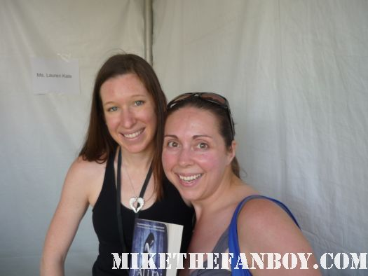 mike the fanboy's the novel strumpet with Lauren Kate author of the Fallen series book review rare promo