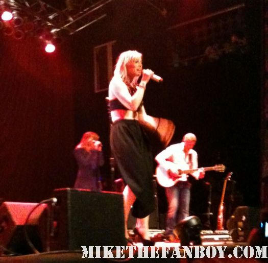 Natasha Bedingfield live in concert 2011 pocketful of sunshine singer rare house of blues rare unwritten