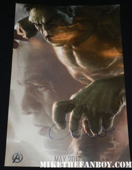 mark ruffalo signed autograph the avengers incredible hulk rare sdcc comic con rare promo mini art poster promo