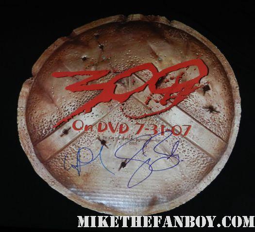 lena headey signed autograph 300 promo comic con 2007 shield cardboard from 300 sdcc promo rare 300 shield