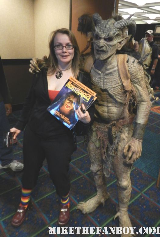 annette slomka posing with monster cosplayers at monsterpalooza 2012 large demon creature rare promo