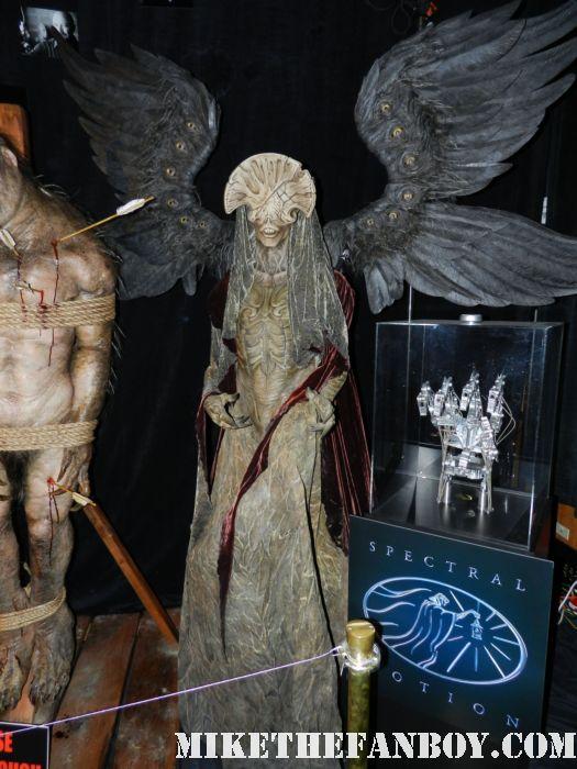 monsterpalooza 2012 convention floor hellboy rare alien prop costume goul gargoyle promo alien creature