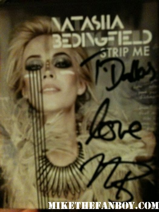 Natasha Bedingfield live in concert 2011 pocketful of sunshine singer rare house of blues rare unwritten signed autograph strip me signed autograph cd rare promo