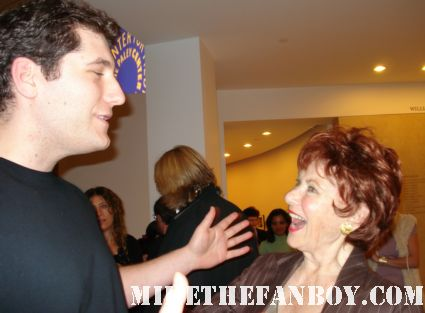 mike the fanboy posing with happy days star marion ross at the gary david goldberg tribute at the paley center