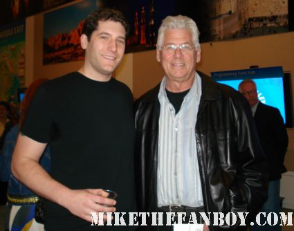 mike the fanboy posing with spin city and rocky horror star barry bostwick at a gary david golderg tribute