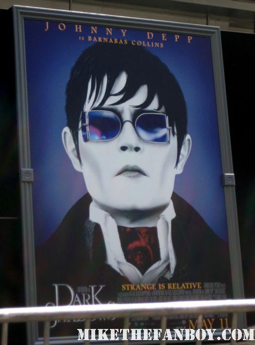 dark shadows world movie premiere with johnny depp michelle pfeiffer tim burton red carpet rare chinese theatre