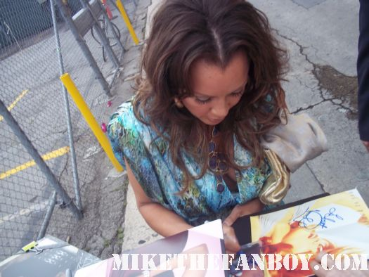 desperate housewives star vanessa williams signs autographs for fans before taping jimmy kimmel live in hollywood hot sexy ugly betty star