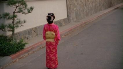 alias screencap sidney bristow dressed as a geisha in the counteragent episode from season 2 rare jennifer garner dressed as a geisha