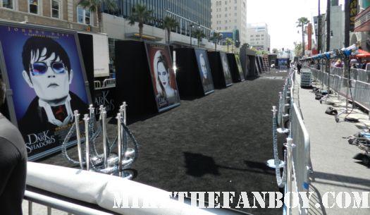 the dark shadows world movie premiere red or black carpet with johnny depp michelle pfeiffer tim burton