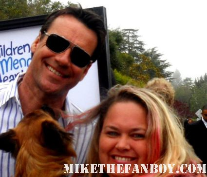 david james elliott poses for a fan photo with pinky lovejoy at a charity event hot sexy dazed and confused star the twon rare promo