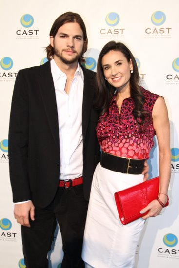 demi moore and ashton kutcher attends the CAST event at the skirball center The Coalition to Abolish Slavery & Trafficking