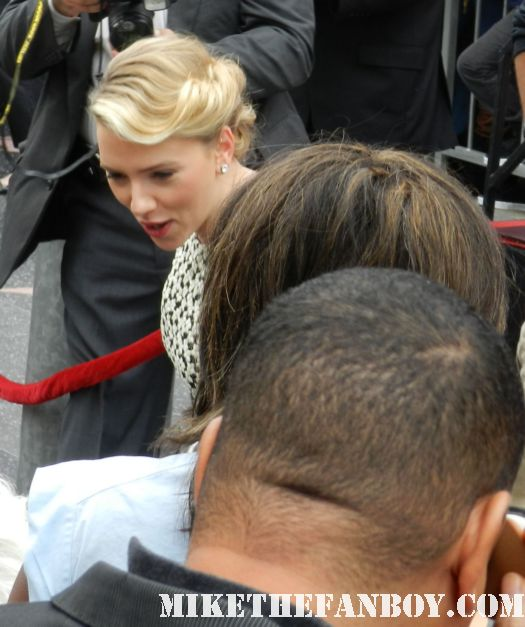 scarlett johansson arriving to her walk of fame star ceremony in hollywood hot sexy black widow rare promo