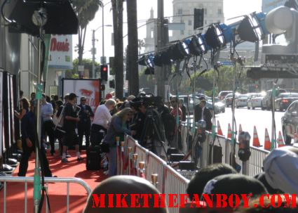 the press filing into their pens at the true blood season 5 premiere in hollywood