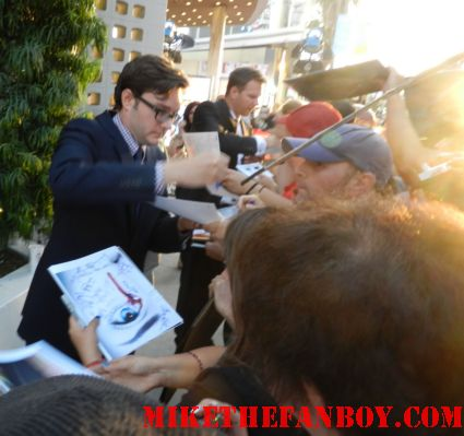 Michael McMillian signing autographs for fans at the true blood season 5 world movie premiere rare promo