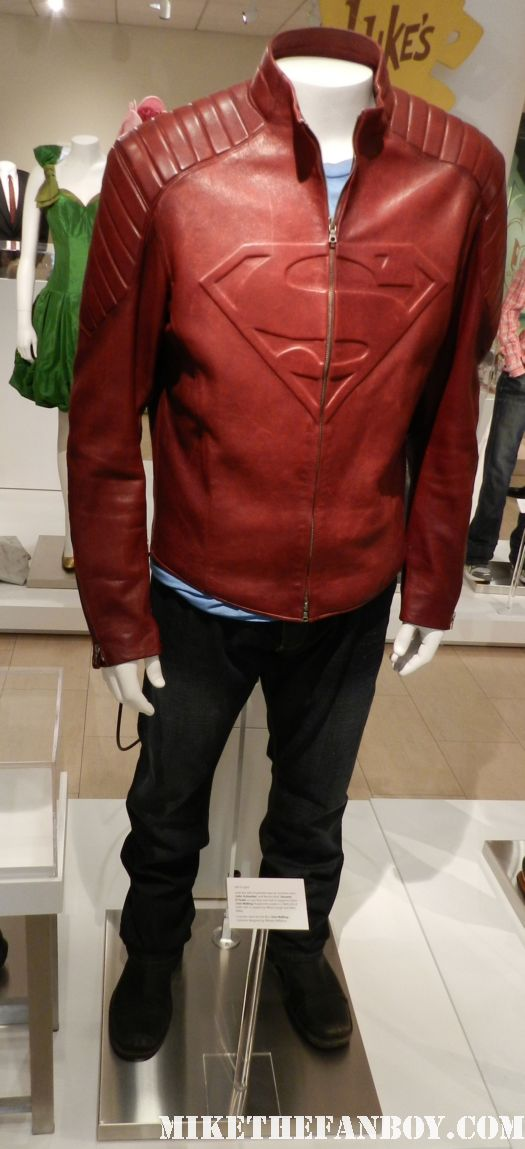 smallville clark kent tom welling prop and costume at the paley center out of the box display