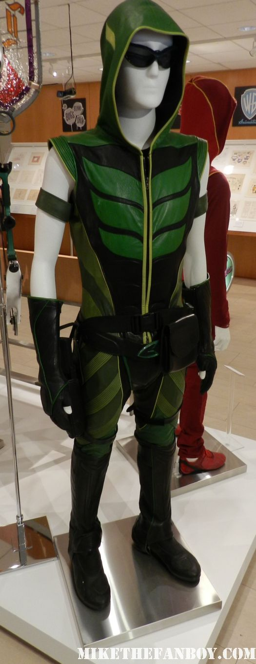 green arrow rare prop and costume from smallville on display at the paley center out of the box display