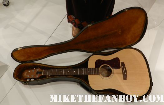 lisa kudrow's guitar and costume as pheobe from friends rare prop costume paley center out of the box