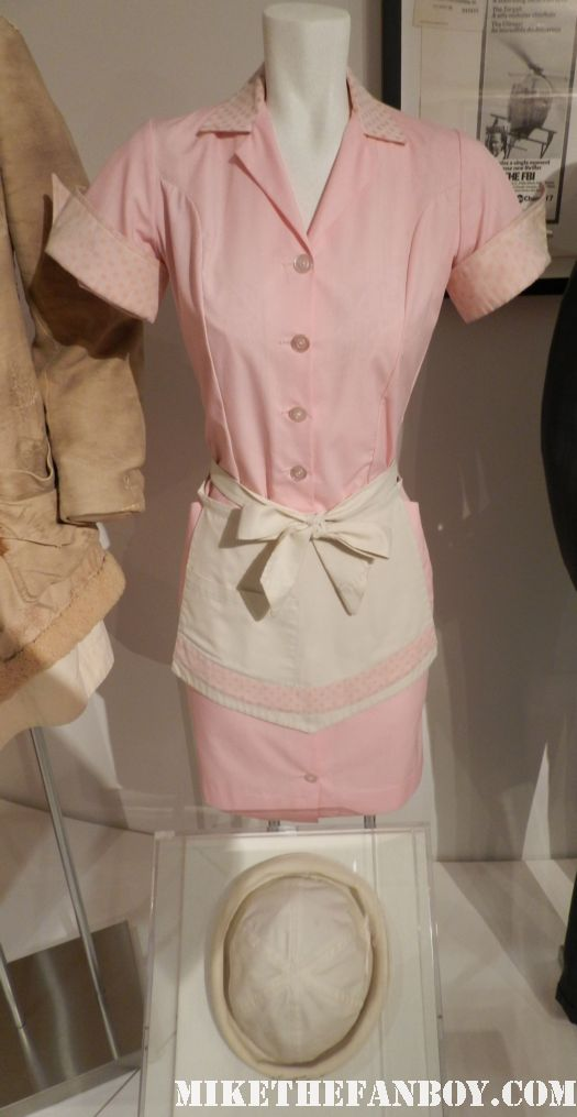 linda lavin alice rare prop costume waitress paley center out of the box warner bros display