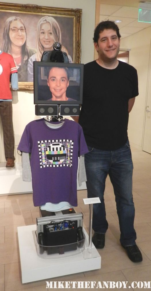 the big bang theory shelbot prop and costume display at the paley center out of the box exhibit rare promo