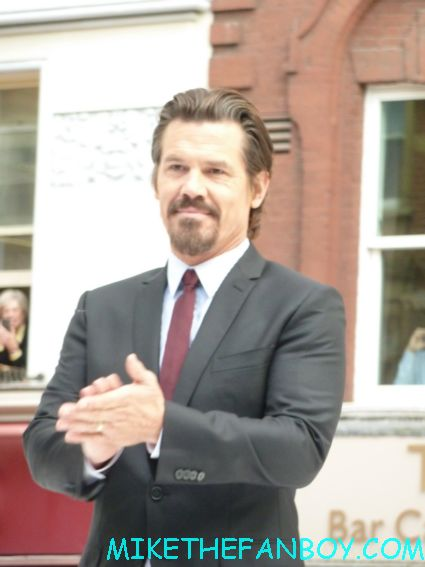 director josh brolin arriving to the uk premiere of men in black III 3 men in black dancers the men in black III 3 uk movie premiere red carpet with will smith josh brolin emma thompson and more
