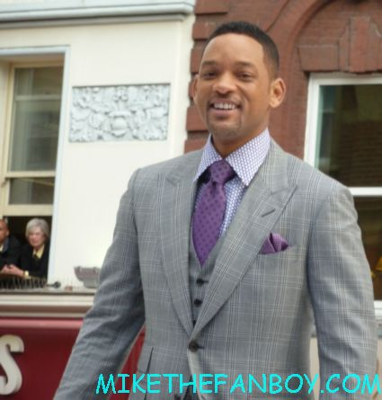 will smith arriving to the uk premiere of men in black III 3 men in black dancers the men in black III 3 uk movie premiere red carpet with will smith josh brolin emma thompson and more
