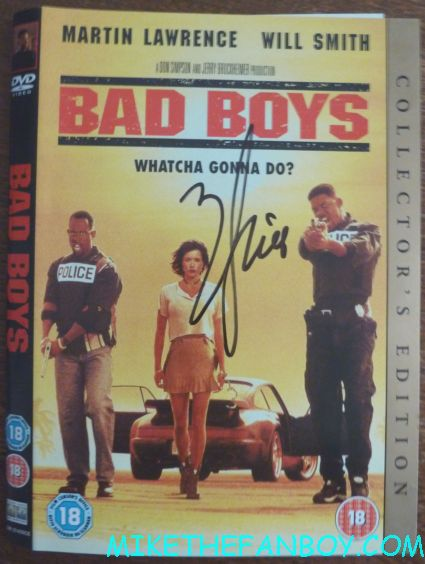 will smith signed autograph bad boys dvd cover will smith signing autographs  to the uk premiere of men in black III 3 men in black dancers the men in black III 3 uk movie premiere red carpet with will smith josh brolin emma thompson and more