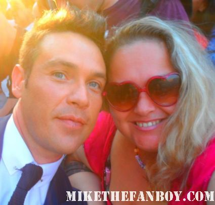 kevin alejandro hot sexy dennis o'hare michelle forbes posing for a fan photo at the true blood season 5 world movie premiere in hollywood rare hot sexy vampire