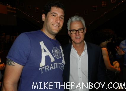 Mike the fanboy posing with mad men star sexy John Slattery at the mad men q and a television academy emmy event