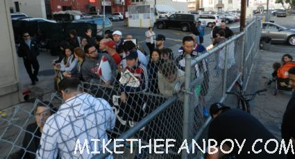 the crowd of people waiting for marky mark wahlberg to come out and sign autographs for fan hot sexy rare promo