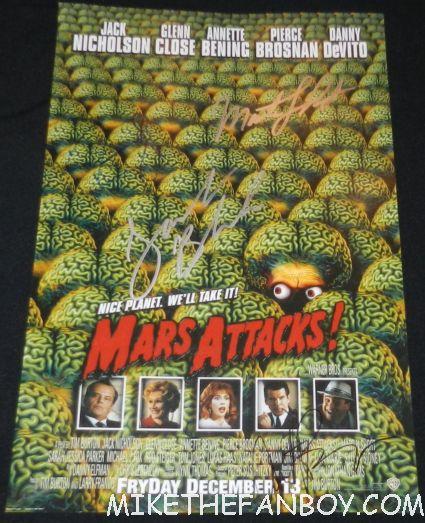 mars attacks signed autograph mini poster martin short tim burton jack black annette benning