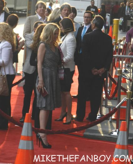 michelle pfeiffer arriving to the world premiere of people like us world movie premiere at the la film festival in downtown los angeles michelle pfeiffer chris pine elizabeth banks