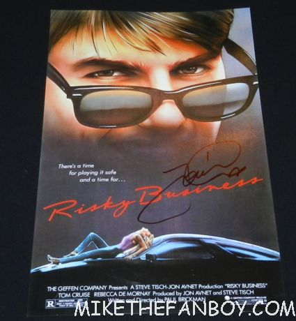 tom cruise signed autograph risky business mini promo mini poster hot sexy tom cruise signing autographs for fans looking hot and sexy at the rock of ages world movie premiere