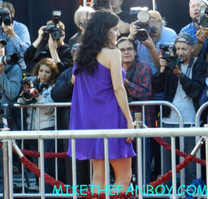 mary louise parker on the red carpet at the savages world movie premiere and a pre gay crush