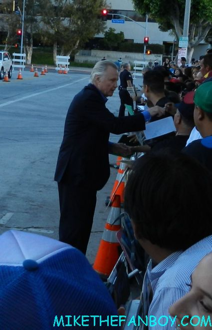 jon voight signing autographs for fans at the savages world movie premiere in westwood ca
